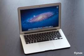MacBook Air, 11-inch 64GB