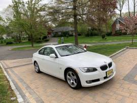BMW 328 xi Coupe - Super clean/new - Low Mileage